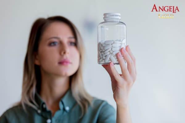 thuốc kéo dài tuổi tiền mãn kinh