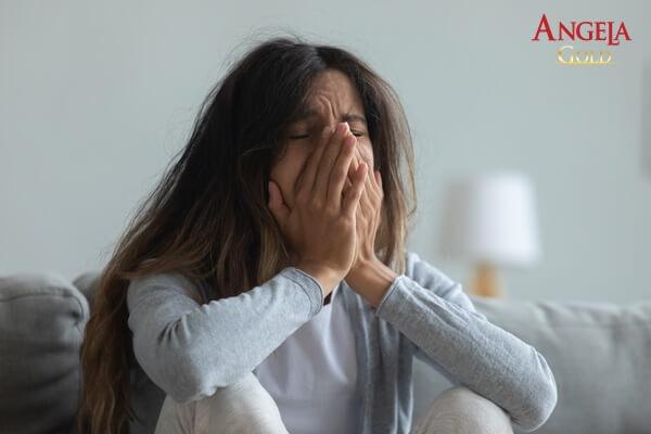 nguyên nhân khiến phụ nữ trầm cảm sau khi sinh con