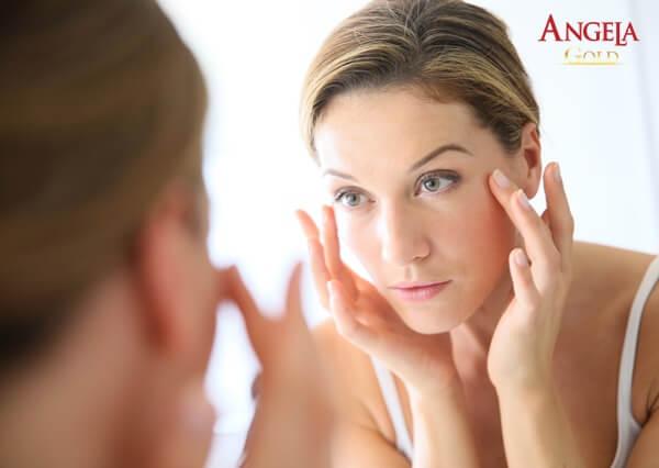 massage mặt ngăn hình thành nếp nhăn