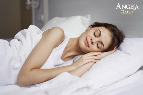 cách làm mịn da mặt tự nhiên từ giấc ngủ