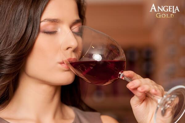 chất kích thích khiến âm đạo tiết dịch kém