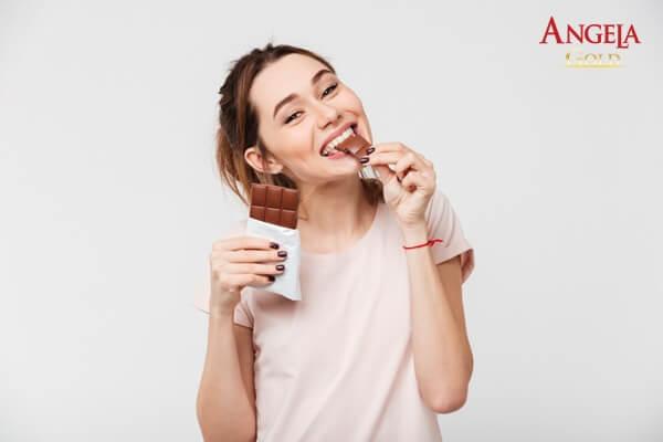 hạn chế ăn đồ ngọt để chống lão hóa
