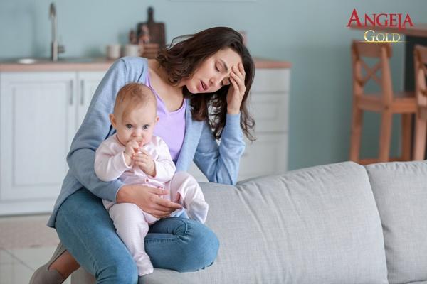 phụ nữ giảm ham muốn tình dục sau sinh