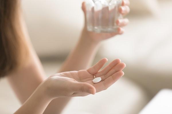 các loại hormone thay thế thường dùng